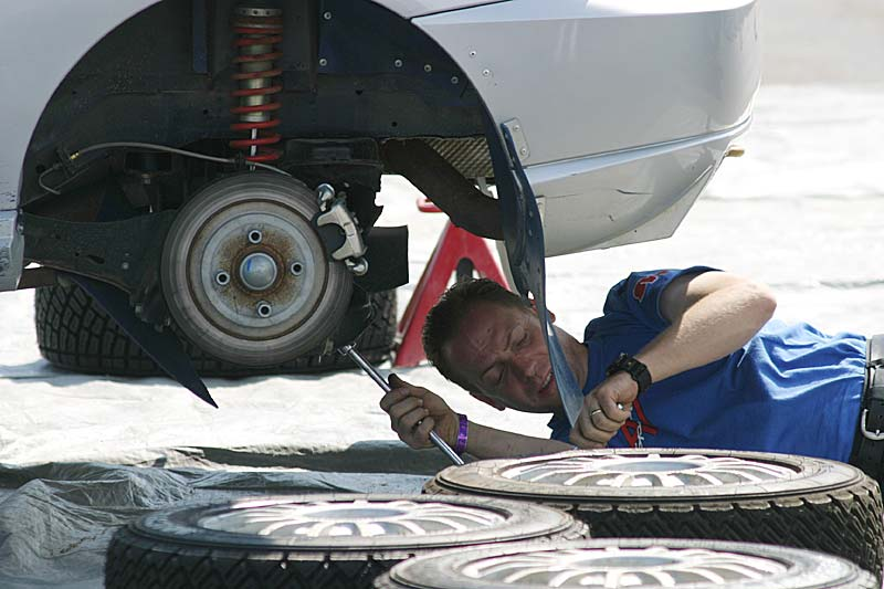 http://commons.wikimedia.org/wiki/File:Auto_Mechanic.jpg