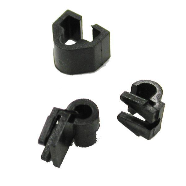 69-74E WINDSHIELD WASHER NOZZLE TUBE CLIPS (LH)